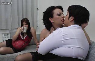 Girlfriends Hot anna polina film gratuit besties se rasent et baisent dans le bain