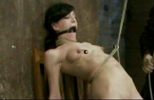 POVD - La mignonne porn graduit Tiffany Fox montre ses talents d'éjacule
